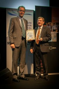 Professor Wayne Meyer recieving the award for LFAT